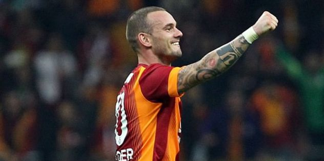 Sneijder 'happy' at Galatasaray