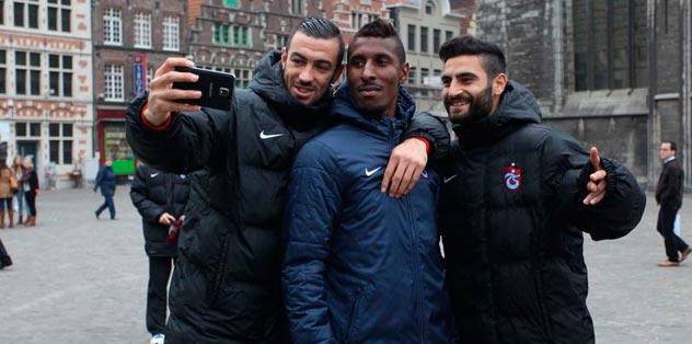 Futbolcular Gent'te şehir gezisi yaptı