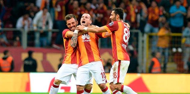 Sneijder Karabük'ü seviyor!