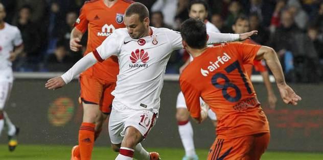 Toronto Sneijder'in peşinde