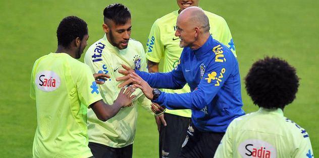 Neymar Saracoğlu'nda