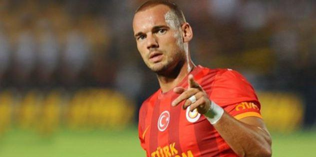 """""""Sneijder İtalya'ya sıcak bakıyor"""""""