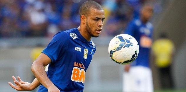 Yeni Alves yolda