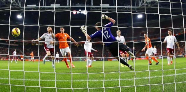 Orange goals galore in Amsterdam