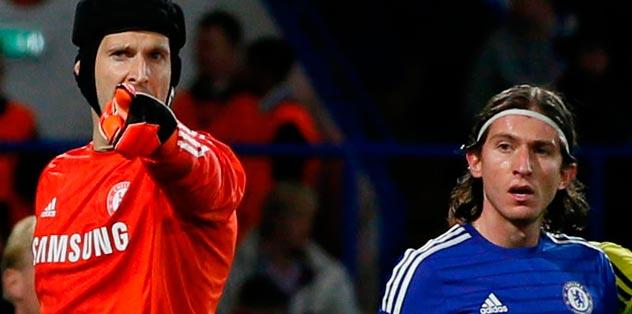 Cech'in menajeri fena bombaladı