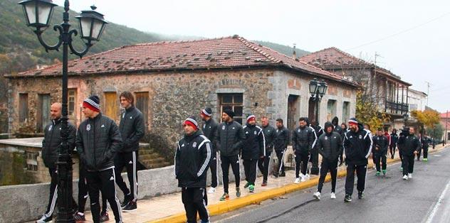 Beşiktaşlı futbolcular Tripolis'i gezdi