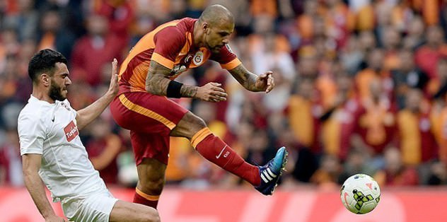 Galatasaray become Turkish League leaders after win