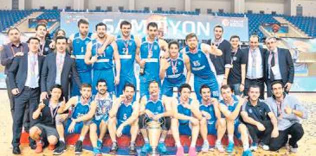 Şampiyon Acıbadem Üniversitesi