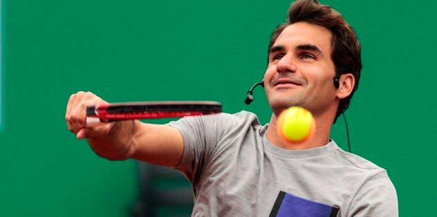 Federer bugün kortta