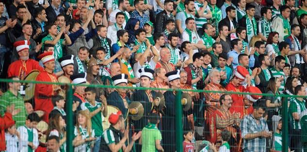 25 bin Bursalı maçı izlemeye koştu