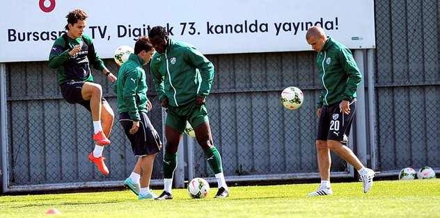 Bursaspor, Kasımpaşa maçı hazırlıklarına başladı