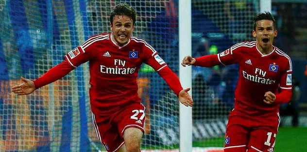 Hamburg Bundesliga'da kaldı