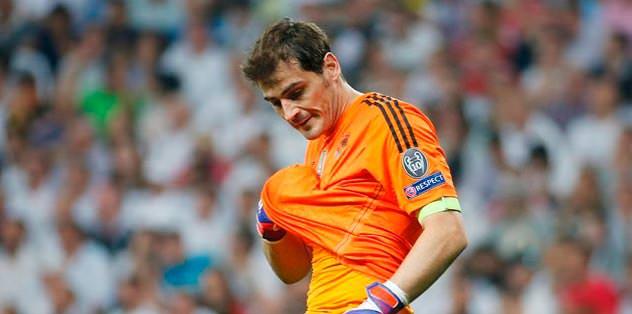Casillas sürprizi