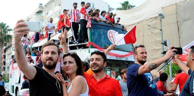 Antalya'da büyük coşku