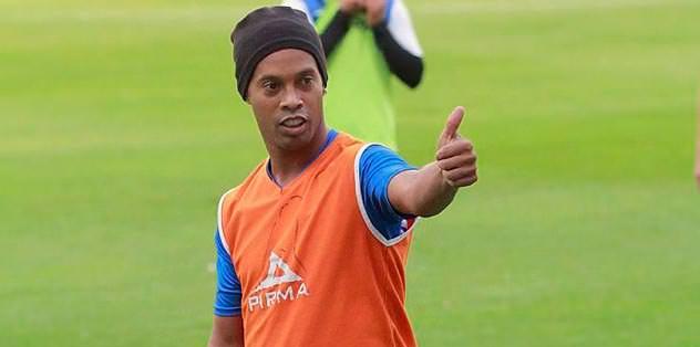 Ronaldinho haftaya geliyor