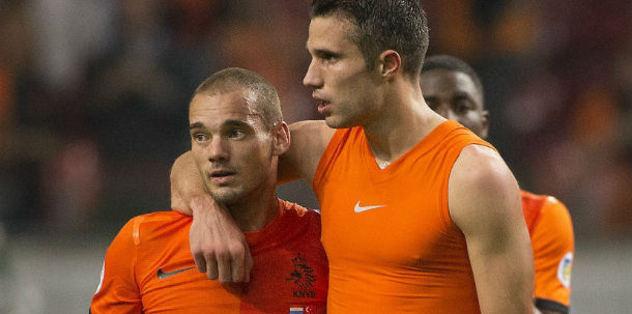 G.Saray'dan Van Persie'ye 13 milyon €