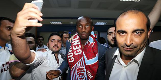 Mbia Trabzon'a geldi