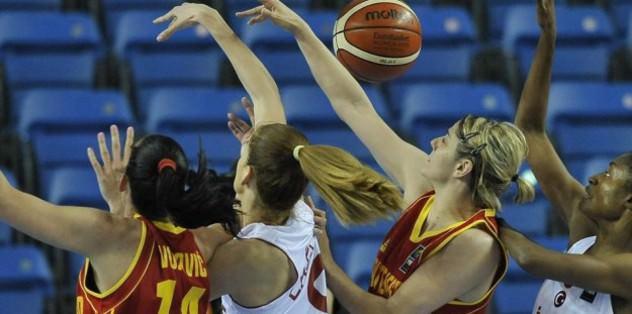 Turkey crush Montenegro in Eurobasket Women 2015