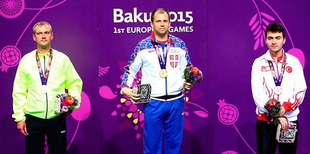 Alimoğlu bronz madalya aldı