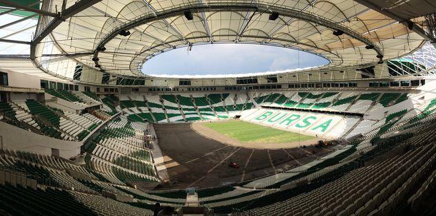 Timsah Arena büyülüyor