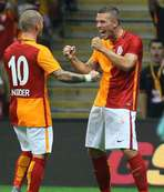 Sneijder parladı