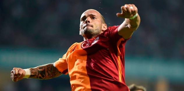 UEFA'ya Sneijder sözü