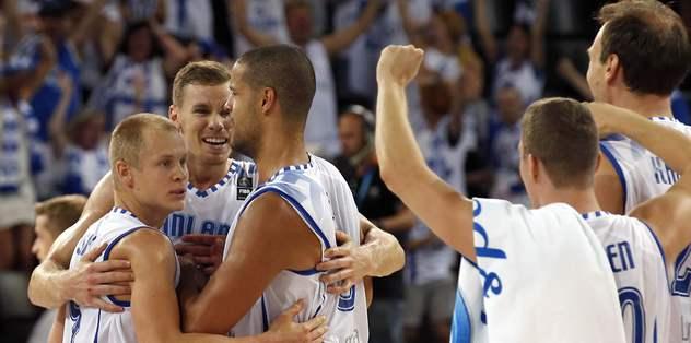 Finlandiya ilk galibiyetini aldı