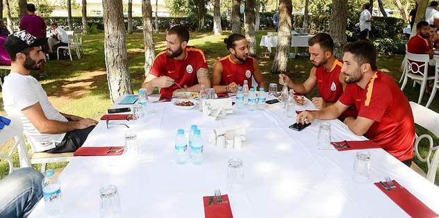 Sneijder'den barbekü partisi