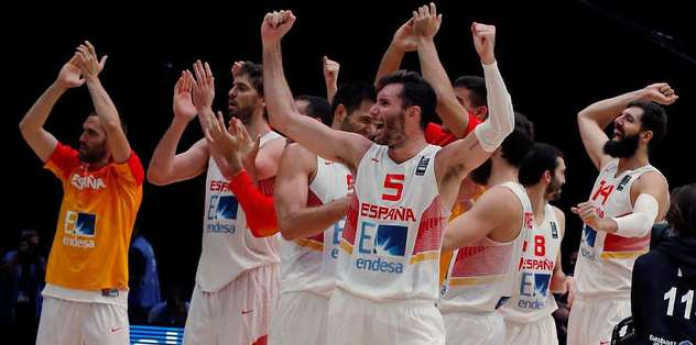İlk finalist İspanya