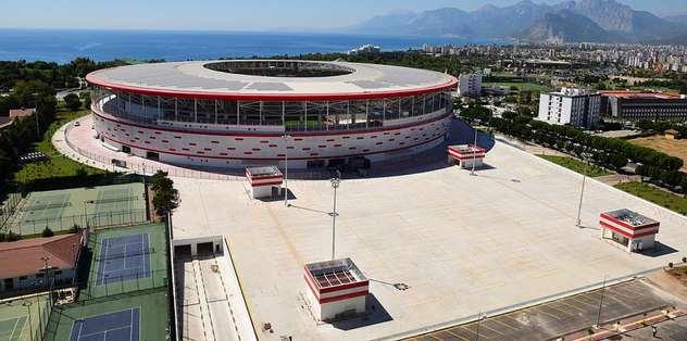 Antalya Arena Beşiktaş maçına yetişecek