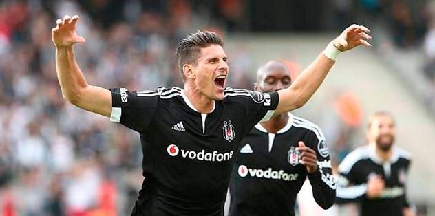 Gomez geri dönebilir