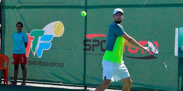 Tenis akademisi 3 Ekim'de faaliyette