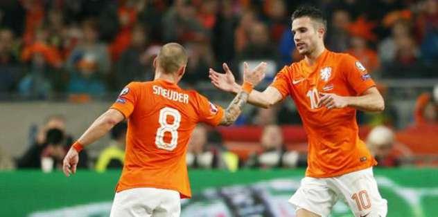 Sneijder ve RVP kadroda mı?