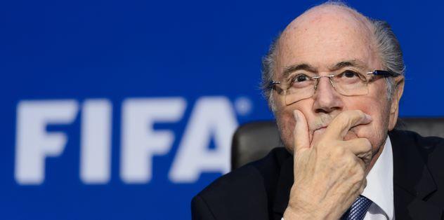 FIFA Başkanı Blatter'a istifa çağrısı