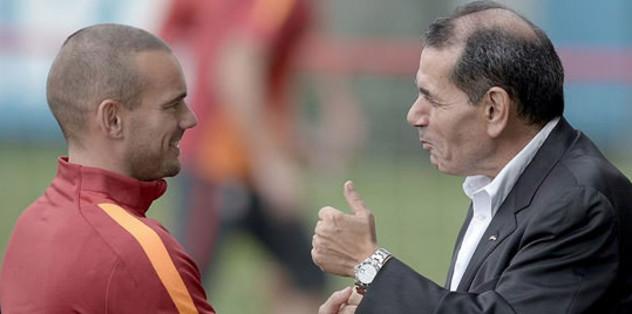 G.Saray Sneijder'i KAP'a bildirdi
