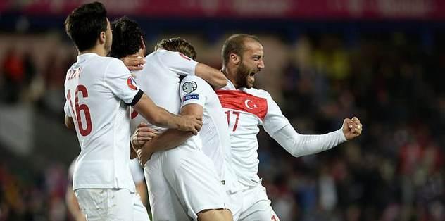 EURO 2016'ya '1' kaldı