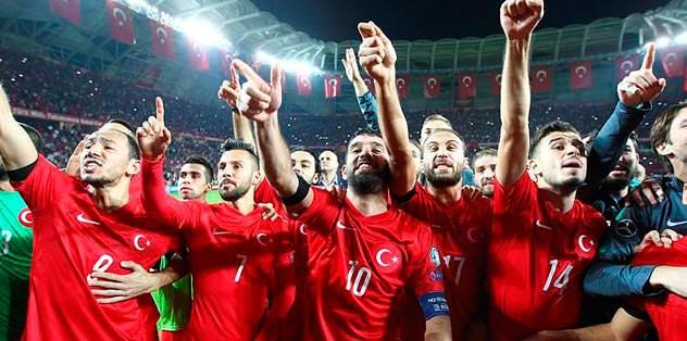 UEFA: Vay canına Türkler finallerde