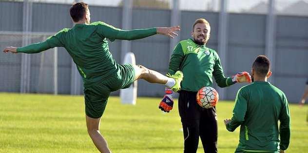 Konuk Eto'o'lu Antalyaspor