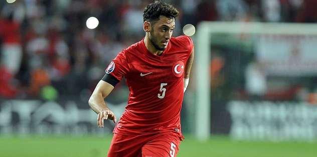 Çalhanoğlu on Arsenal radar