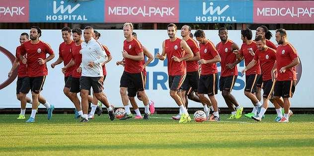 Benfica hazırlıkları başladı