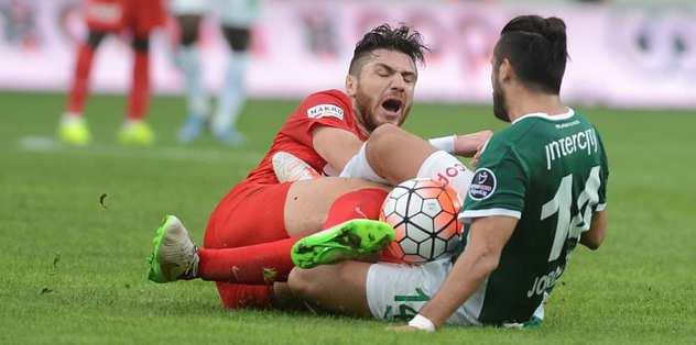 Bursaspor, Jorquera'nın cezasını kesti