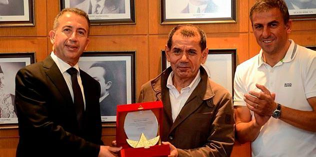 Özbek'ten Ada için dev zirve