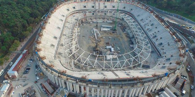 Arena'nın çatısı yükseliyor