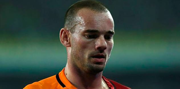 Wesley Sneijder cezalı
