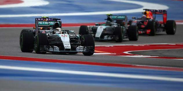 Şampiyon Lewis Hamilton
