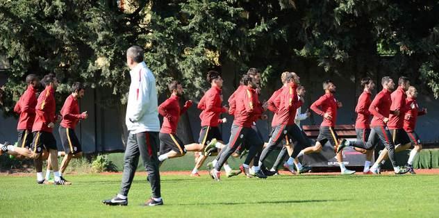 Benfica mesaisi sürdü