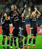 Beşiktaş alkışlarla