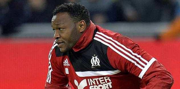 """""""Mandanda won't leave Marseille"""""""