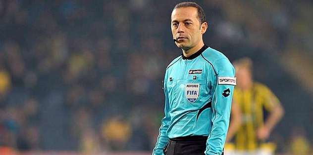 Cakir world's third best referee