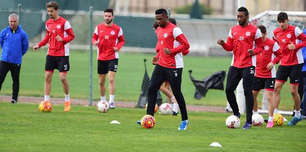 Antalyaspor, Stuttgart'la oynayacak